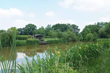 This little fishing lodge is a great place for a family picnic.
