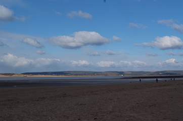 North Devon has some vast sandy beaches and excellent surf. The closest for surfing are Saunton, Croyde and Woolacombe.