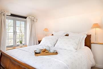 The Linhay has two gorgeous bedrooms.