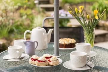 Afternoon tea is served!
