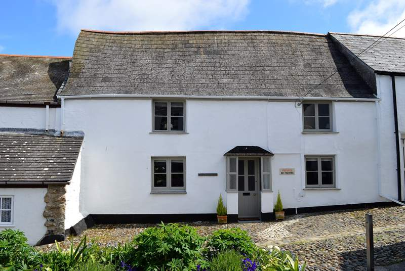 Welcome to beautiful Pendower House in the heart of Newlyn.
