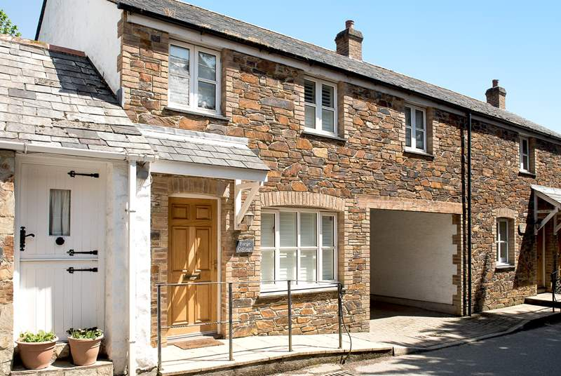 Welcome to Forge Cottage in the pretty village of St Mawgan.
