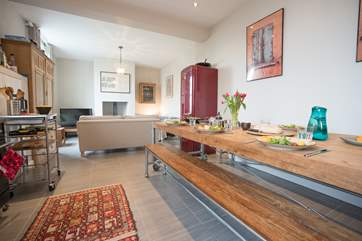 The open plan living makes for a real sociable enviroment.