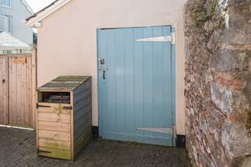 The owner has kindly made a fully lockable space for you to store your bikes or any other equipment if you wish.