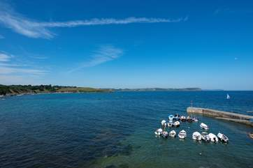 Looking from the harbour in Portscatho over to Porthcurnick Beach and Pednvadan Point.