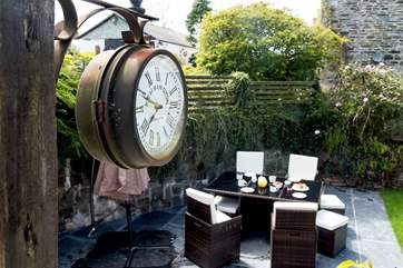 Whatever the time of day, make the most of the Cornish sunshine and have your meals outside.