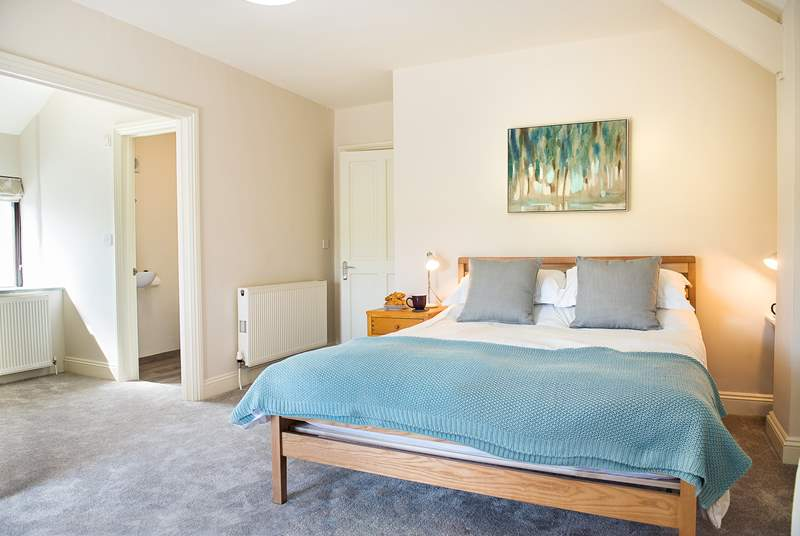 Manor Barn has four beautifully appointed bedrooms.
