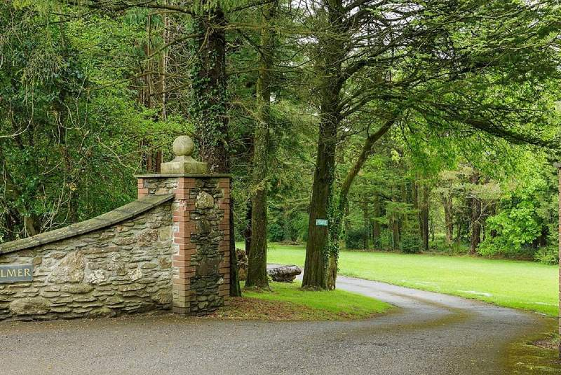 The entrance to the Colmer Estate is very inviting, giving you a great taste for what lies within the grounds.