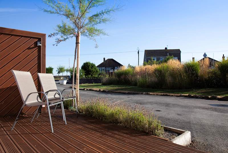 Relax, at 4 Tollgate Cottage you are just a stone's throw from the sea front.