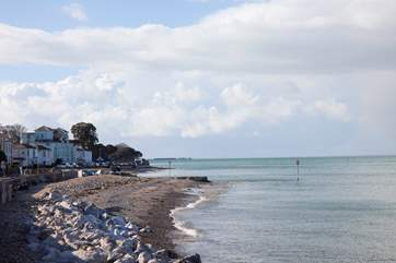 The view along the beach towards Ryde