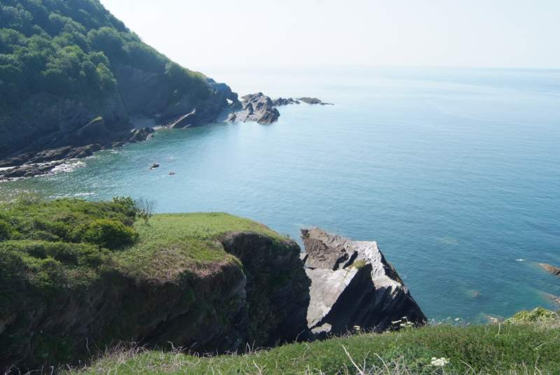 Hele Bay on the edge of Ilfracombe is one of the nearest beaches to the cottage. This coastline has a mixture of sandy beaches and rocky coves to explore.