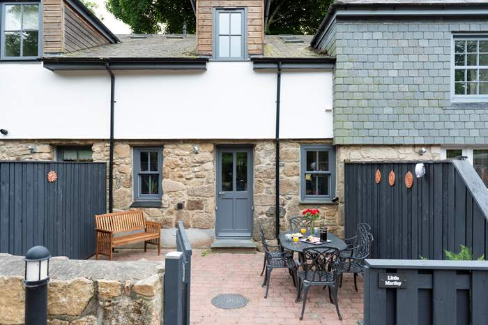 Little Martley,Sleeps 4 + cot, Penzance