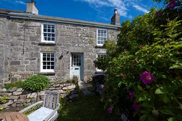 Formerly a miner's cottage, Thimble Cottage has been sympathetically restored.