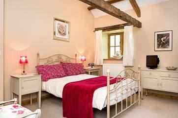 Brambles has two delightful bedrooms.