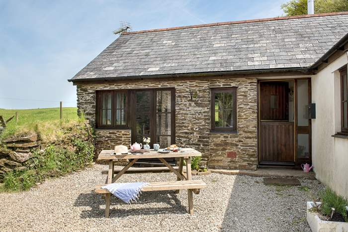 Brambles,Sleeps 4 + cot, 4.1 miles NE of Looe