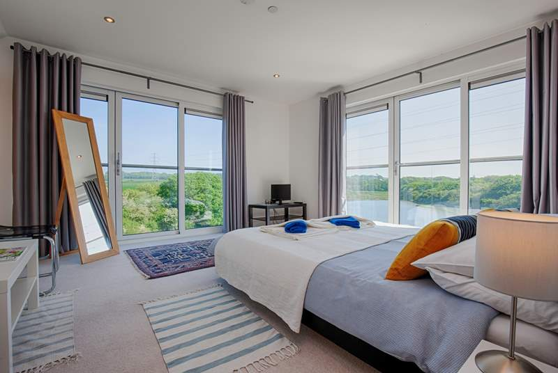 With floor to ceiling windows you will wake up to the most fantastic views.