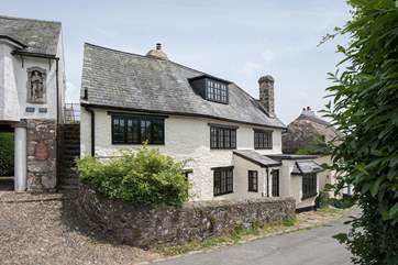 The Old Post Office is such a picturesque cottage.