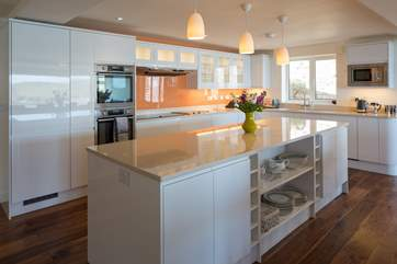 Whipping up a feast in this top of the range and fully equipped kitchen is a doddle.