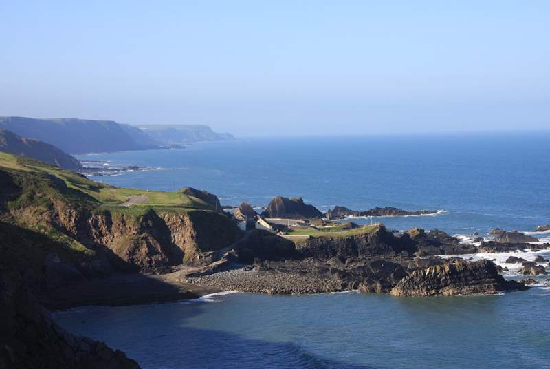 This is the coastal view just over one mile up the lane from the cottage! There is a car park, hotel and seasonal cafe right on the South West Coastal Path
