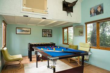 The games-room, at the end of the garden will keep you entertained whatever the weather.