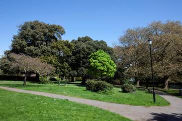 Northwood Park a great for a stroll or a game of tennis in the public courts