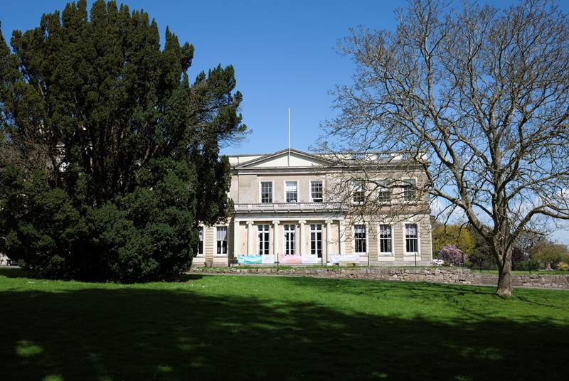 Northwood House is a manor house which dates back to 1799