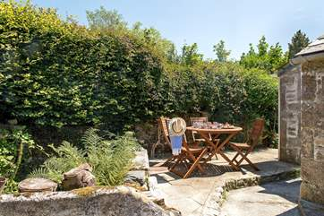 The sunny terrace-area, a lovely spot for alfresco dining