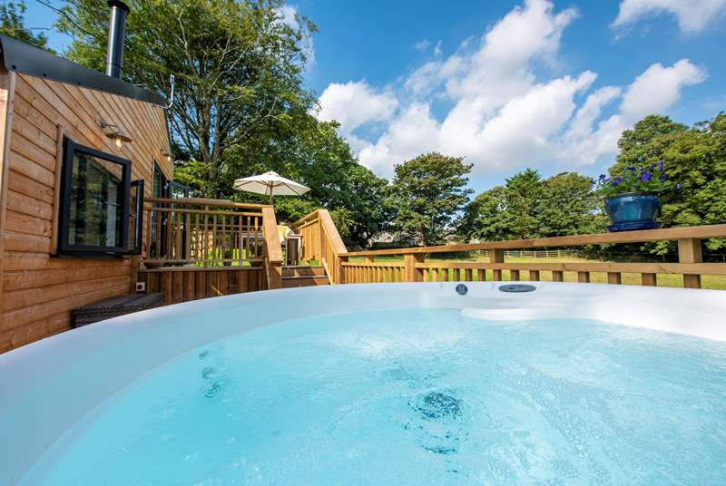 Hot tub bliss at Barney's Cabin.
