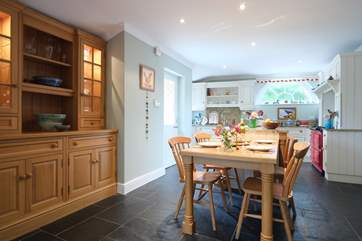 The country-style kitchen/breakfast-room.