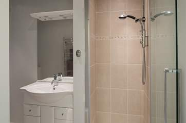 The twin room also has an en suite. Perfect for showing down after a full day on the beach.