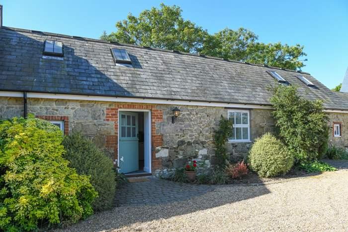 Grace Cottage,Sleeps 2 + cot, 4.8 miles W of Ventnor