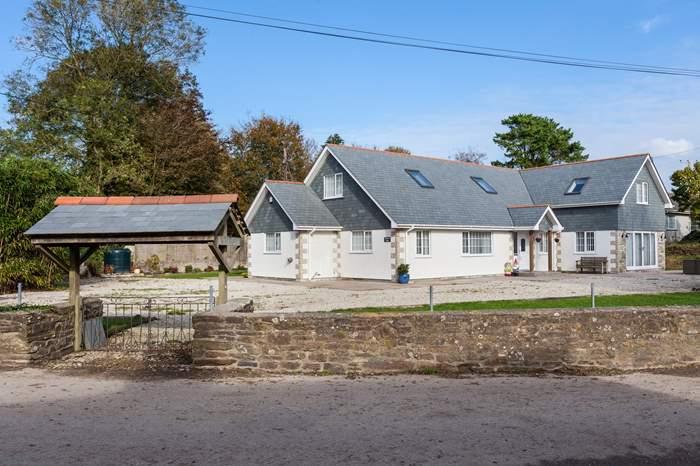 Cottages near Trerice