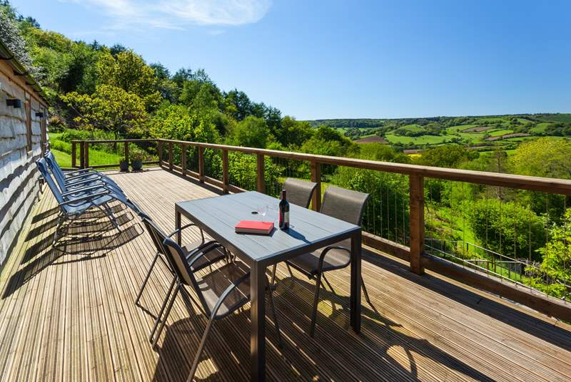 Larch Barn has spectacular views from the south-facing terrace that runs the length of the barn. You may see deer and will hear buzzards, pheasants and owls call.