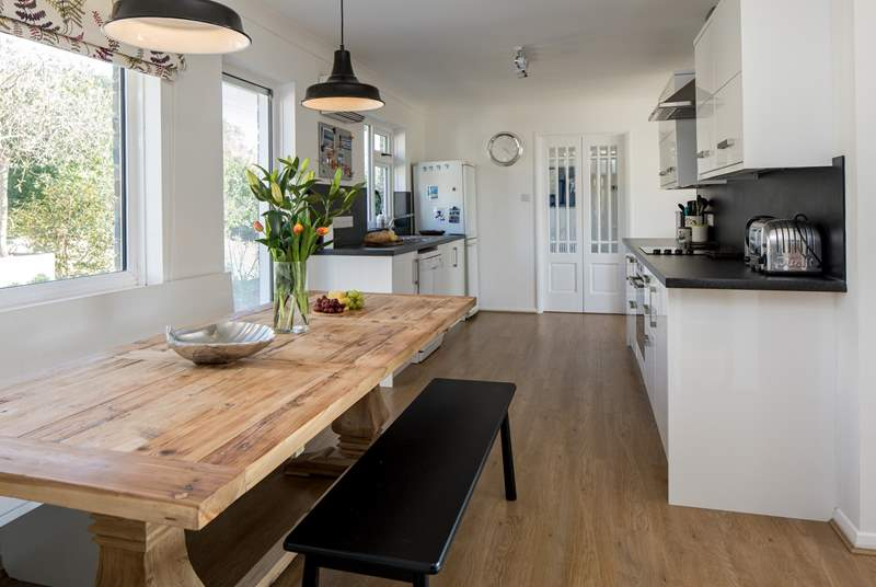 Fabulous open plan kitchen and dining area.