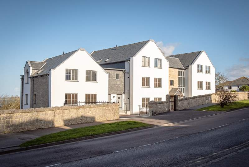 North Shore is located on St Margaret's  development, located just off the main road to St Ives.