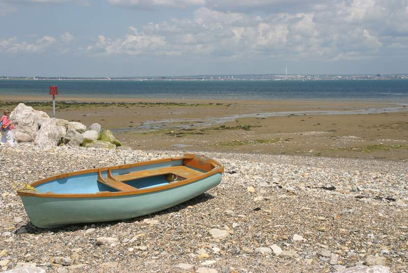 A lovely level walk from Seaview takes you to Springvale and then on to Ryde with cafes dotted along the way.