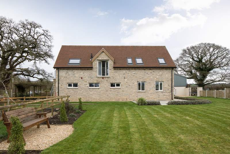 Meadows Barn is a brand new reverse-level barn, built on the site of former stables, in the tranquil village of Halstock.