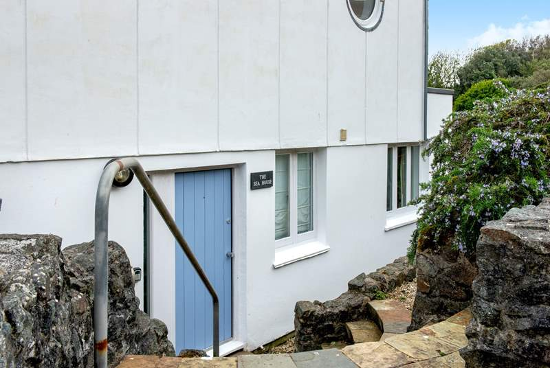 The Sea House has a few steps down from the car park.