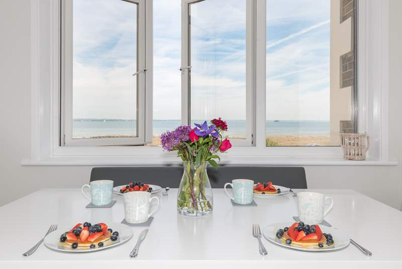Enjoy breakfast while looking out at this stunning sea view!
