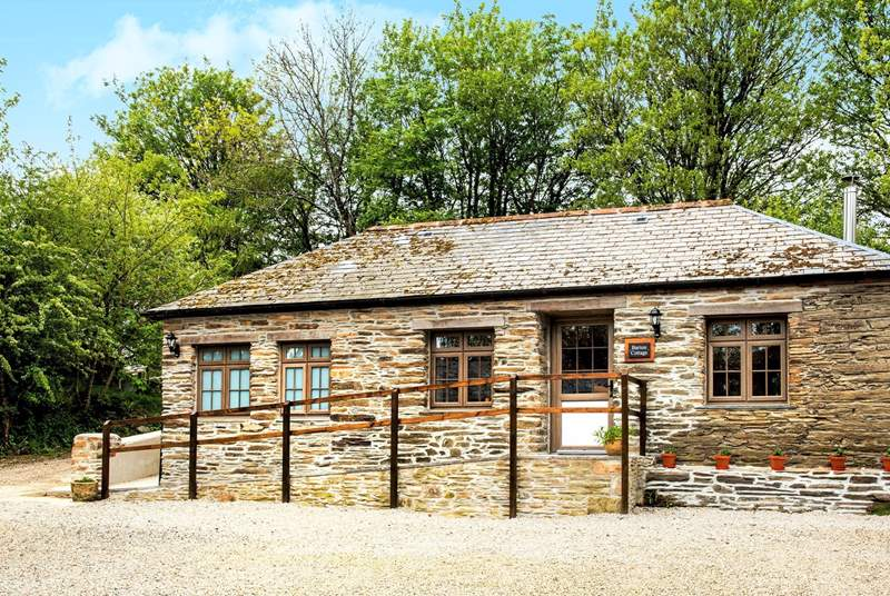 Come and enjoy a well-earned break at the lovely Barton Cottage.