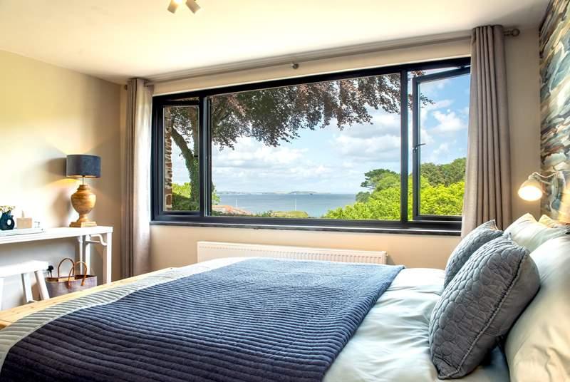 The fabulous master bedroom (Bedroom 1).