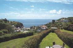 Lofty's Cottage - Holiday Cottage - Cadgwith