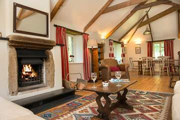 The open fireplace makes this a perfetct retreat all year round