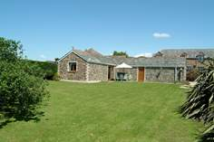 Trebow - Holiday Cottage - 2.8 miles W of Mevagissey