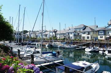 La Miette is just yards from the marina in Port Pendennis.