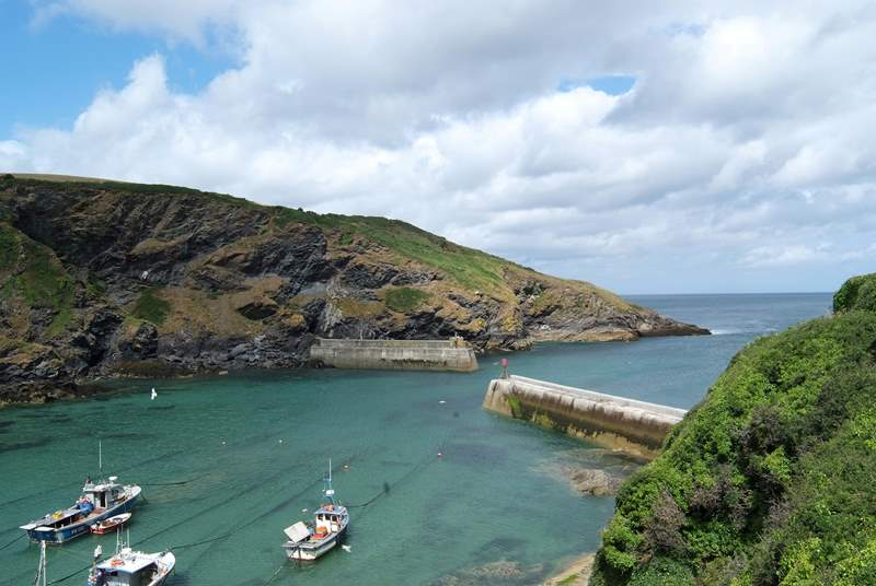 Port Isaac home of Doc Martin (TV), Nathan Outlaw's award winning restaurant and The Fisherman's Friends