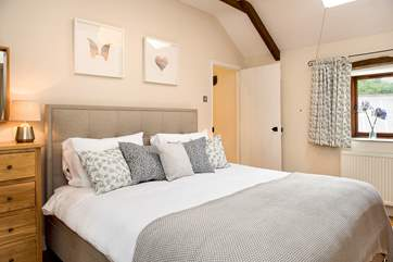 The Granary has 4 beautifully furnished bedrooms