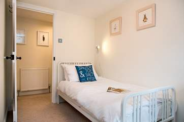 One of 2 single bedded room