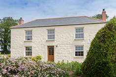Lower Trenower - Holiday Cottage - 1.8 miles S of Helford